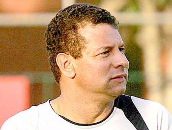 Roth evita falar em futuro no Grêmio