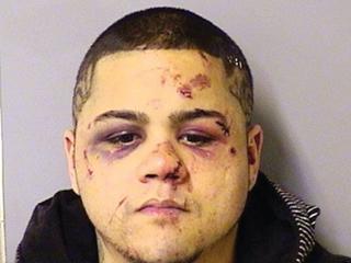 Ladrão é espancado por lutador de artes marciais durante assalto