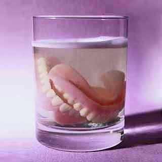 O Casal e a Dentadura