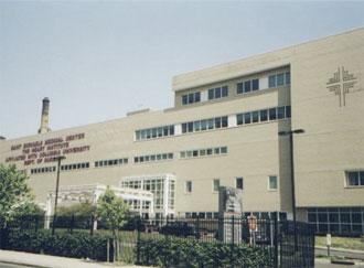 Saint Michael's Medical Center realiza palestra e testes de diabetes grátis