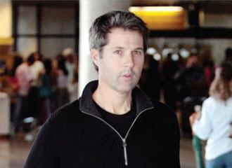 Juiz determina que David pode ter custódia do filho, somente no Brasil